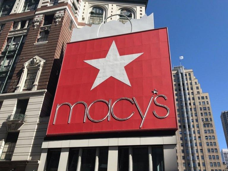 Macy's in Herald Square star sign